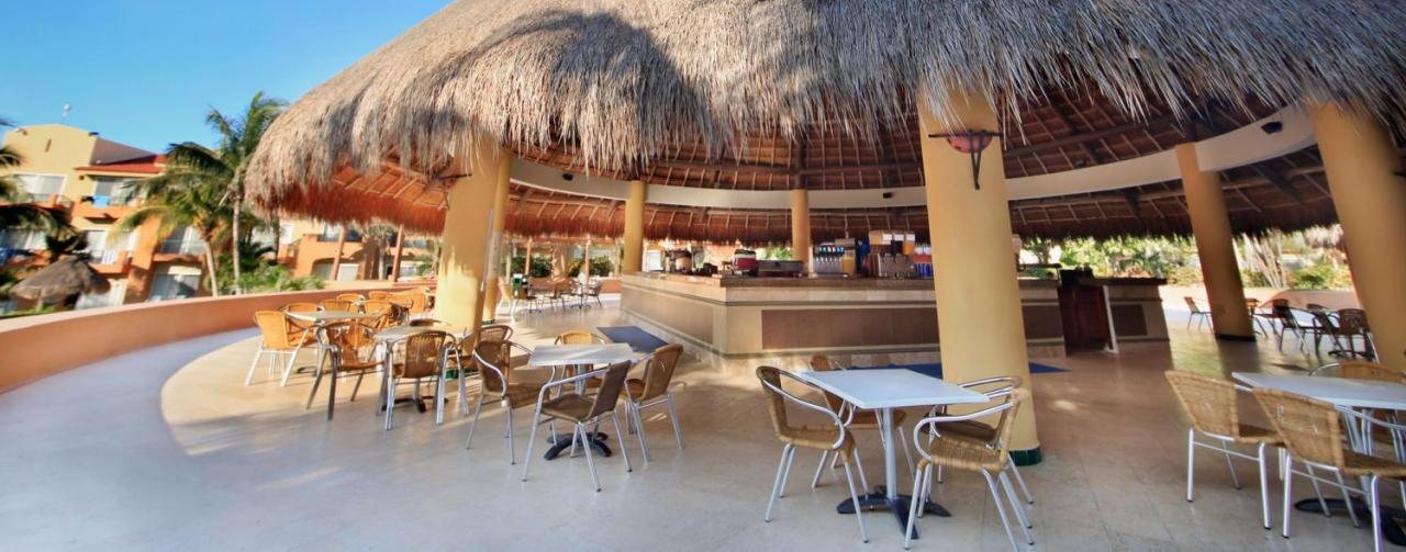 Viva Wyndham Azteca All Inclusive Beach Resort Riviera Maya Mexico