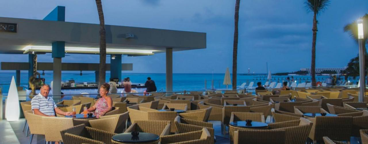 Cancun Mexico Bar Outdoor Seating Theatre Riu Cancun
