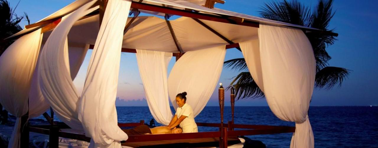 Cancun Mexico Spa Massage Out Door At Night Riu Palace Peninsula