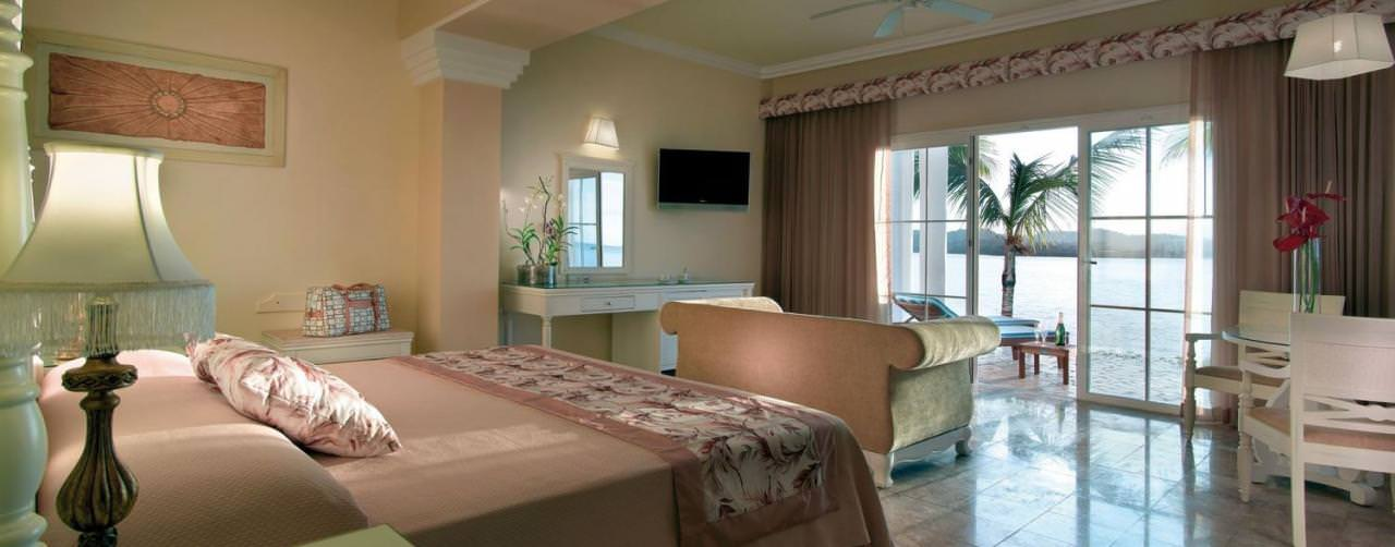 Montego Bay Jamaica Grand Palladium Jamaica Resort Spa Room Suite Bedroom