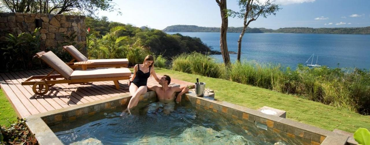 Papagayo Resort Spa Costa Rica Jacuzzi_junior_suite_(med)_s