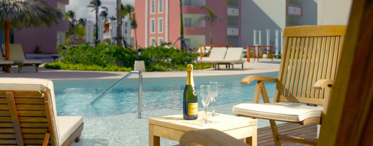 Punta Cana Dominican Republic Pool Swim Out Chair Pool Entry Champagne Royal Suites Turquesa By Palladium