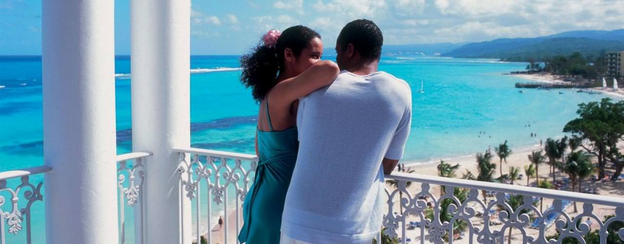 Riu Ocho Rios Ocho Rios Jamaica Amenities Couple On Balcony