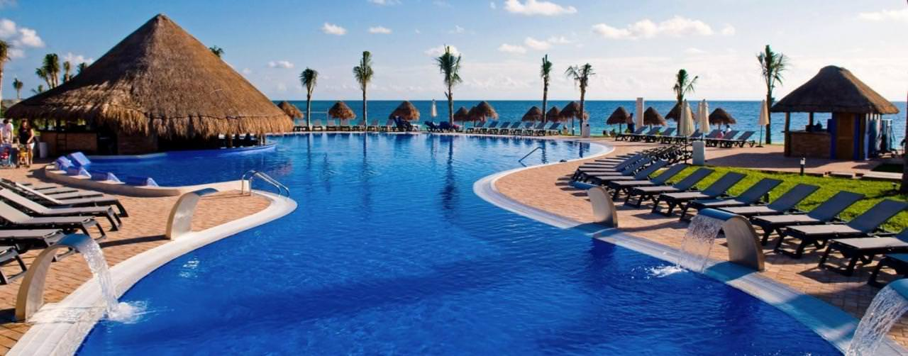 Riviera Maya Mexico Pool Swim Up Bar Infinity View Ocean Coral Turquesa By H10