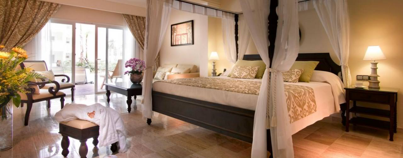 Royal Suites Turquesa By Palladium Punta Cana Dominican Republic Room Deluxe Suite Canopy King Bed