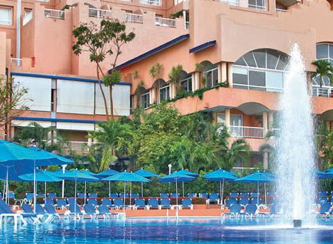 Azul Ixtapa Beach Resort Pool