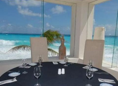 Grand Oasis Cancun Restaurant 3
