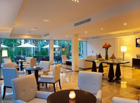 Grand Palladium Bavaro Resort Spa Bar 7
