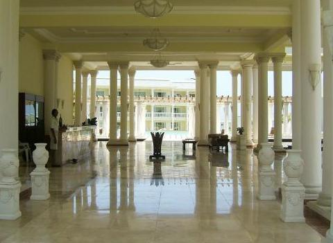 Grand Palladium Jamaica Resort Spa Amenities 2