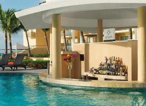 Now Jade Riviera Cancun Pool 5