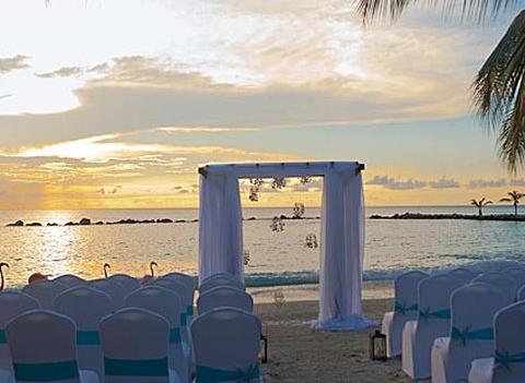 Renaissance Aruba Resort Casino Wedding 4