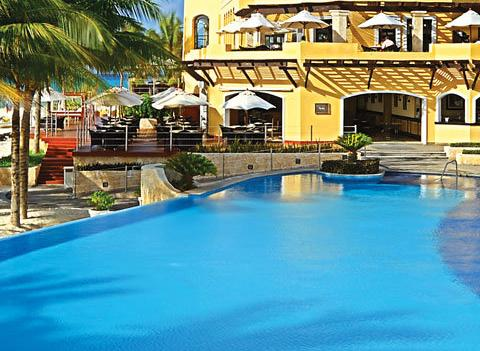 Royal Hideaway Playacar Pool 2