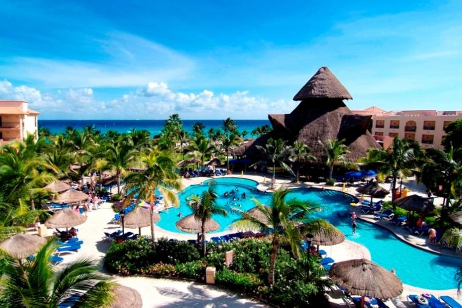 Sandos Playacar Beach Resort And Spa