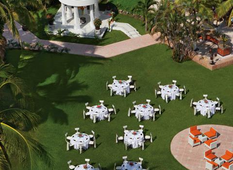 Sunscape Dorado Pacifico Ixtapa Wedding 3