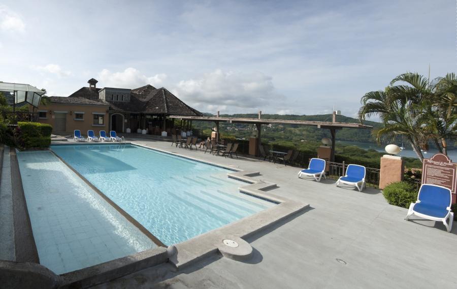 Villas sol hotel beach resort costa rica for Villas sol playa hermosa