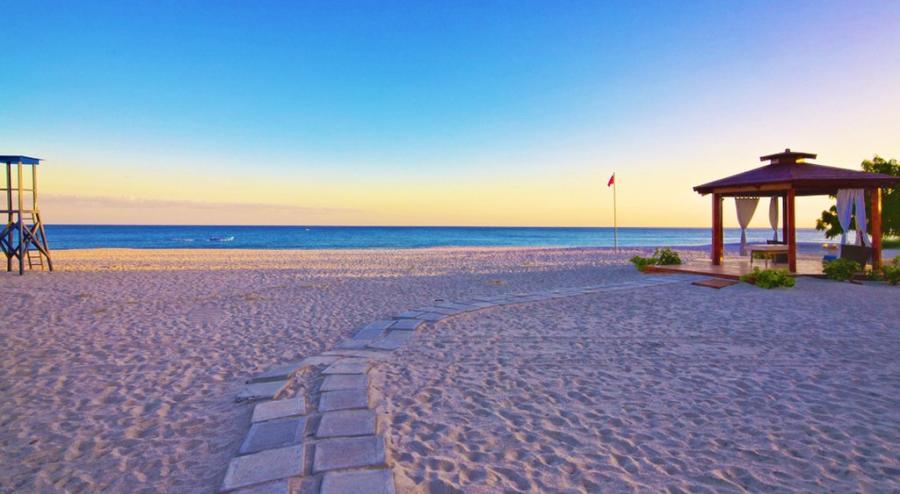 Wyndham Grand Playa Blanca Beach Resort Panama