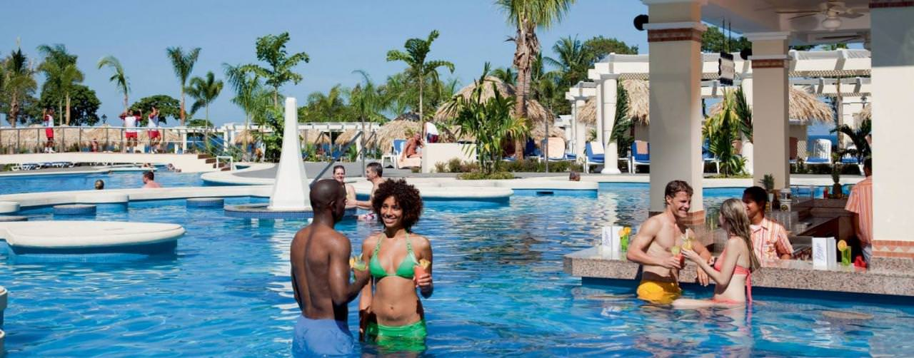 Costa Rica Riu Guanacaste Pool Swim Up Bar Romance
