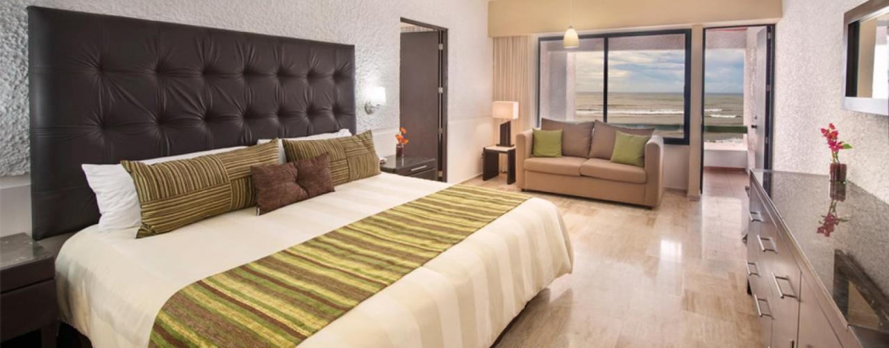 El Cid Castilla Beach Hotel Mazatlan Mexico 2b Suite Rooms 06 R
