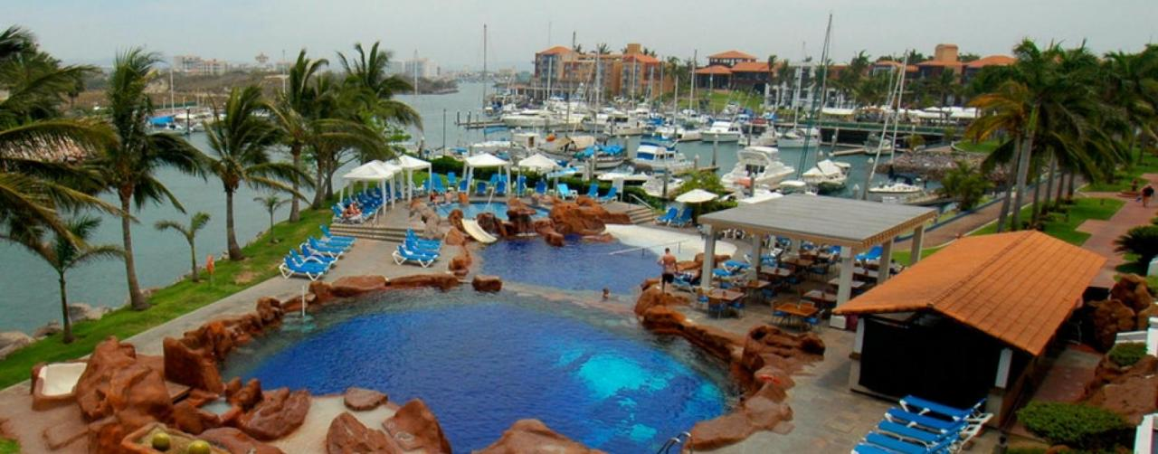 El Cid Marina Beach Hotel Mazatlan Mexico La Gruta Restaurante 2 R