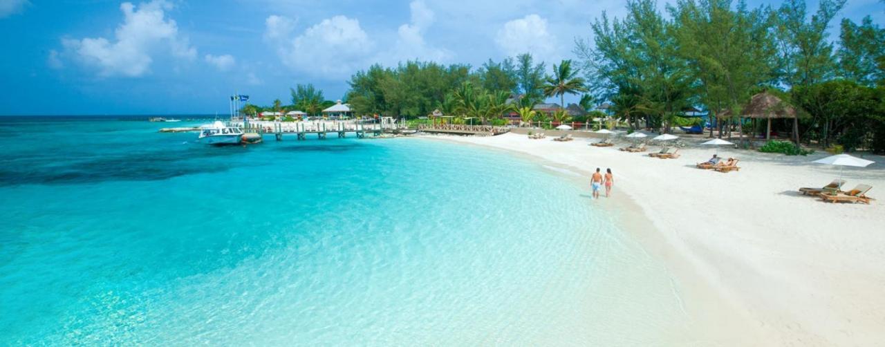 04bc166c9e0607 ... Nassau Bahamas Sandals Royal Bahamian Spa Resort Offshore Island Slide  12 ...