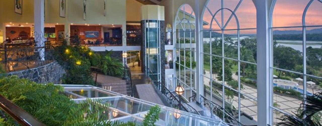 Panama Lobby_p Gamboa Rainforest Resort