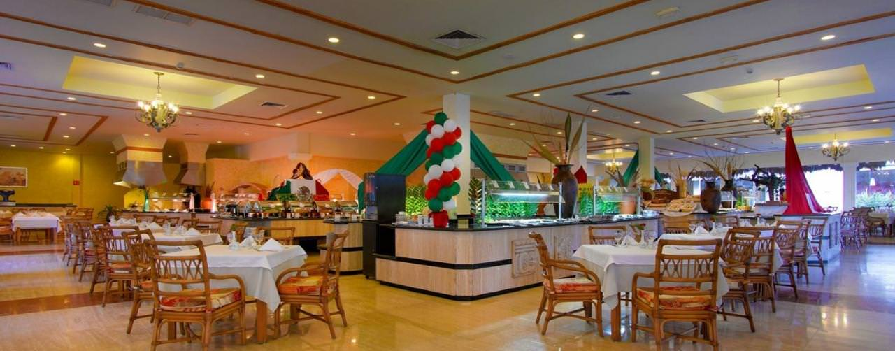 Restaurant Buffet Grand Palladium Colonial Kantenah Riviera Maya Mexico