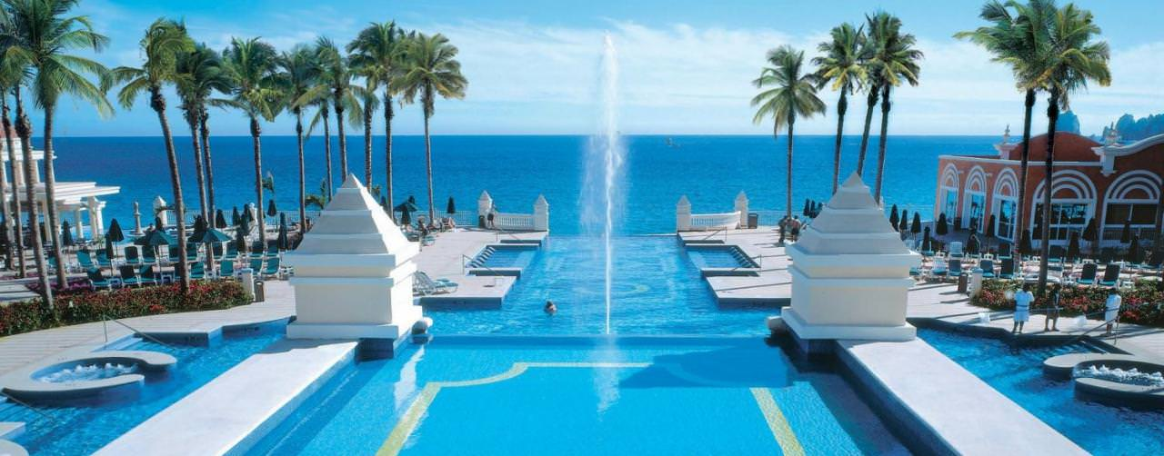 Riu Hotels Pool Foutain