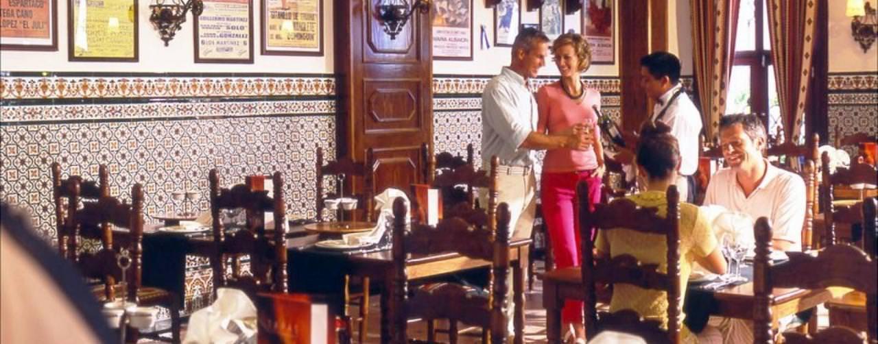 Riu Palace Las Americas Dress Code