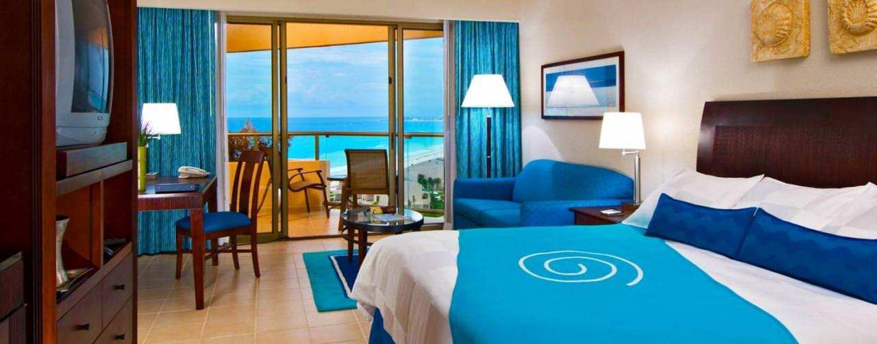 Room Deluxe Oceanview King Balcony Iberostar Cancun Cancun Mexico