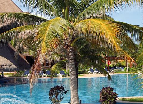 Barcelo Maya Tropical And Colonial Beach Pool 5