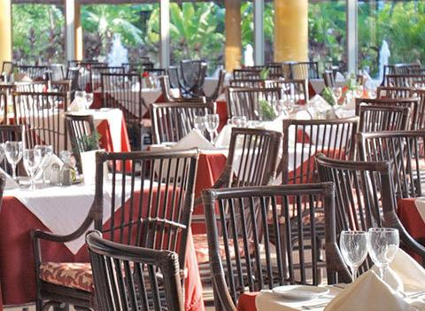 Barcelo Maya Tropical And Colonial Beach Restaurant 3