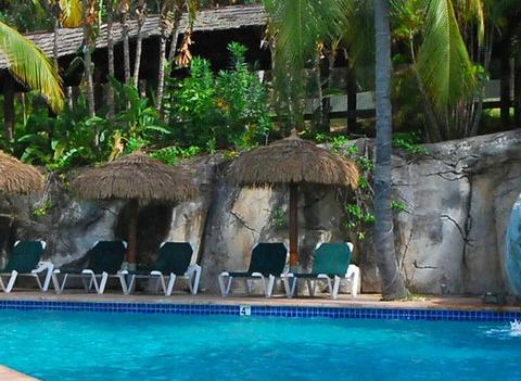 Best Western Emerald Beach Resort Pool