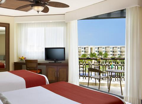 Dreams Riviera Cancun Resort Spa Room 16