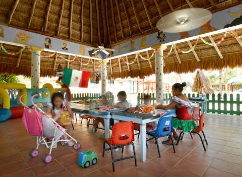 Grand Palladium Colonial Kantenah Kids 6
