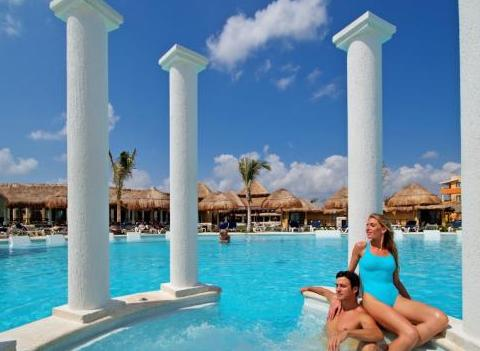 Grand Palladium Colonial Kantenah Pool 3