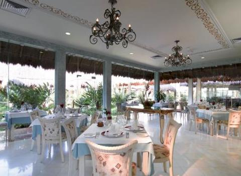 Grand Palladium Colonial Kantenah Restaurant 14