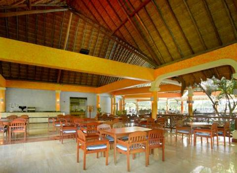 Grand Palladium Colonial Kantenah Restaurant 21