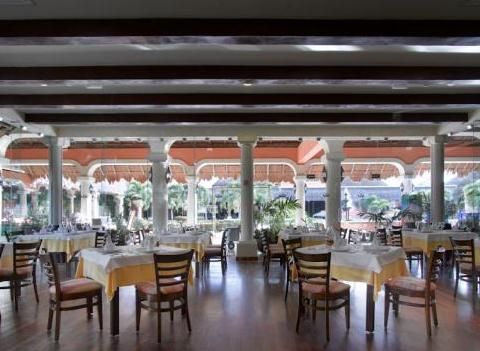 Grand Palladium Colonial Kantenah Restaurant 29