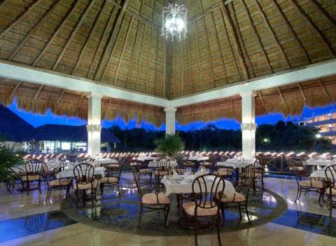 Grand Palladium Colonial Kantenah Restaurant 37