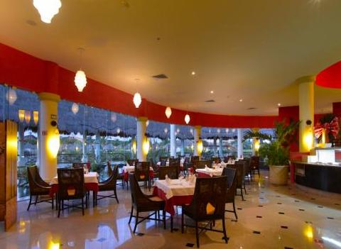 Grand Palladium Colonial Kantenah Restaurant 39