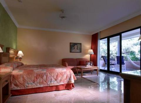 Grand Palladium Colonial Kantenah Room 1