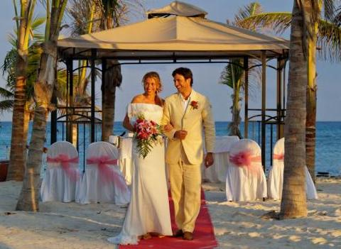 Grand Palladium Colonial Kantenah Wedding