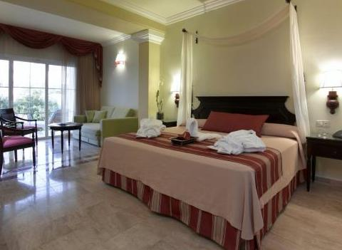 Grand Palladium Jamaica Rooms Jr Suite
