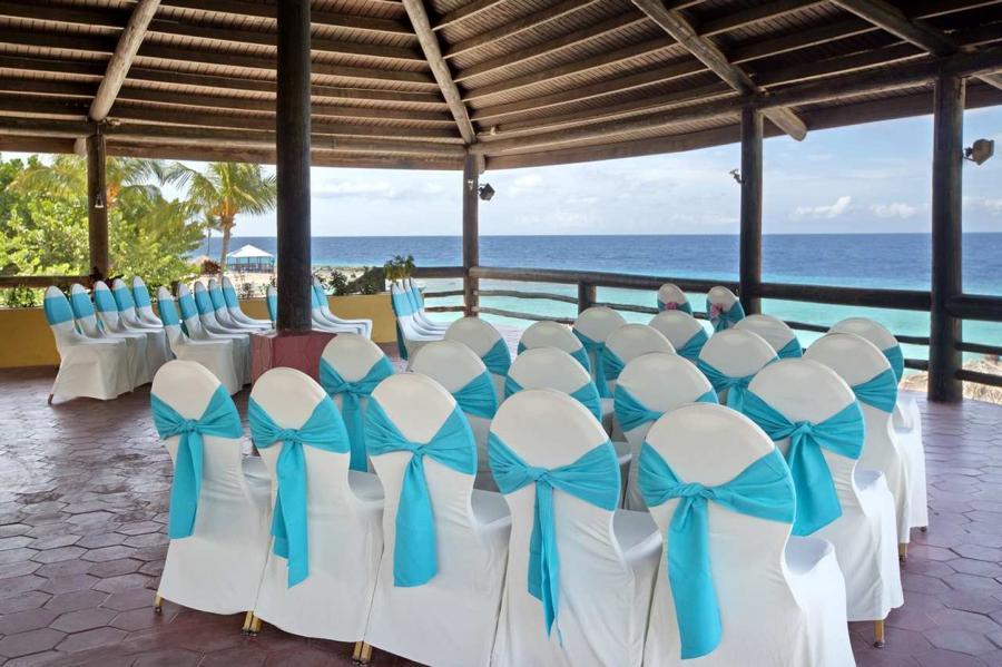 Hilton Caribbean Weddings: Hilton Curacao