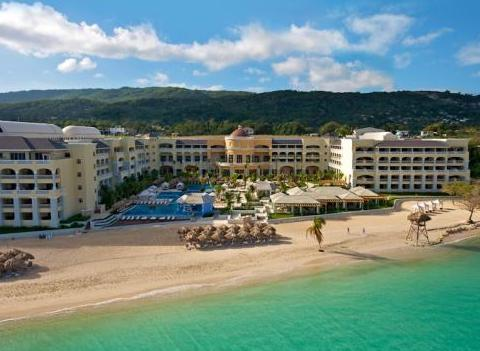 Iberostar Grand Hotel Rose Hall Beach Has Turquoise Water