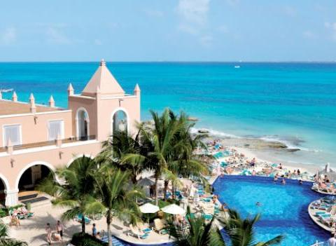 Pool Riu Cancun