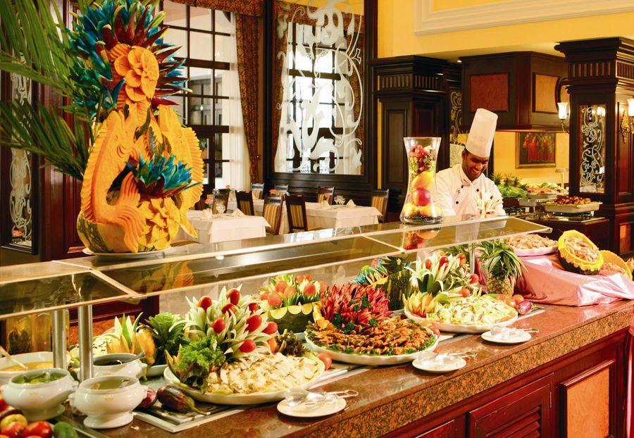 Riu Palace Bavaro Restaurant 3