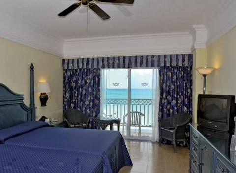 Room Riu Cancun