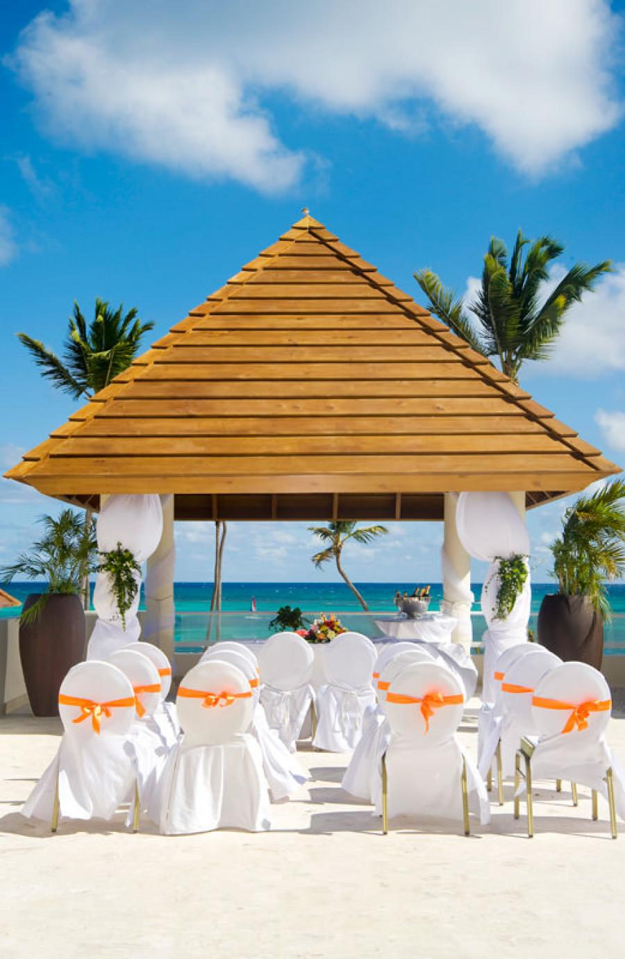 Secrets royal beach adults only all inclusive resort punta for Punta cana wedding resorts