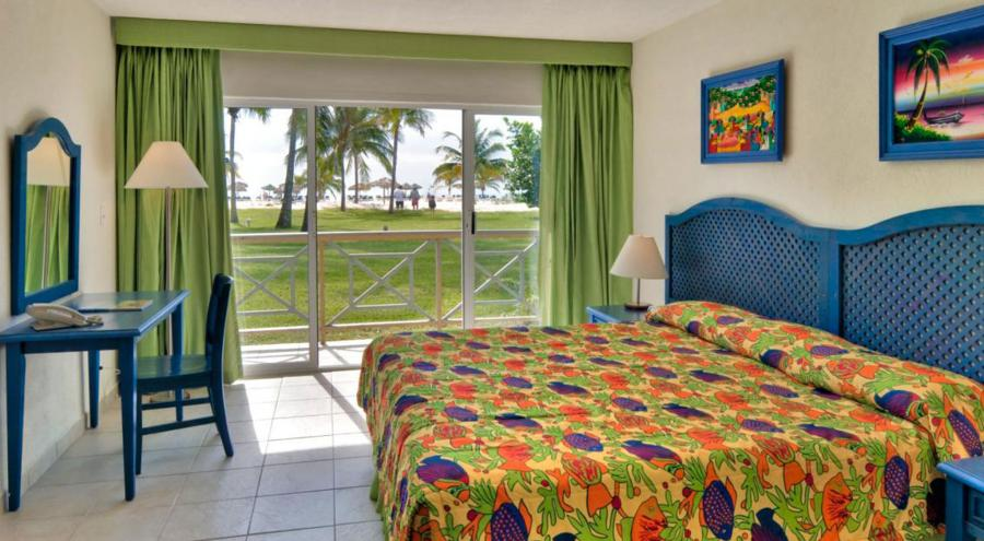 Viva Wyndham Fortuna Beach, Grand Bahama Island